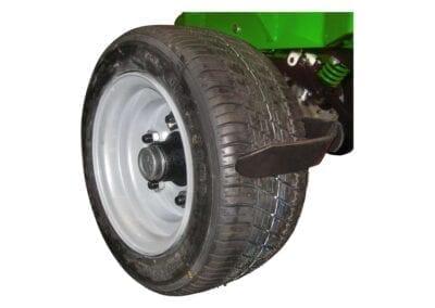 Juego de quitabarros en ruedas laterales